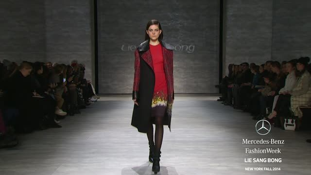 News video: LIE SANG BONG: MERCEDES-BENZ FASHION WEEK Fall 2014 COLLECTIONS