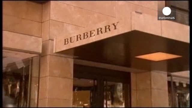 News video: Burberry vende un 12% más en su primer trimestre fiscal